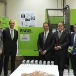 Feierliche Übergabe der neuen Engel-Maschine an das TGM in Wien.   Foto: K.Sochor