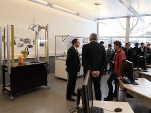 Der Schulungsraum ist mit vollwertigen Stäubli-Robotersystemen, Hardware und Software ausgestattet, um optimale Schulungsergebnisse zu garantieren. | Fotos: Stäubli