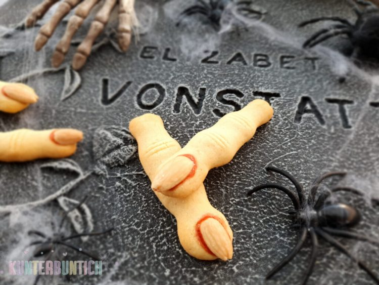 Halloween Hexenfinger Kekse Mürbteig Mandeln Marmelade