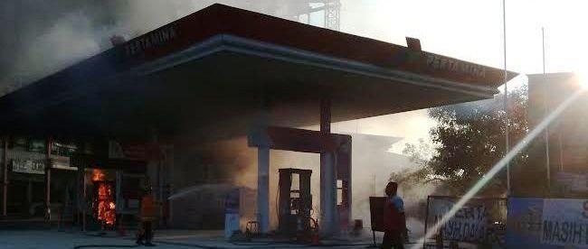 SPBU di Jl. KH Soleh Iskandar, Tanah Sareal alami kebakaran pada Sabtu 12/3. Tidak ada korban jiwa dalam peristiwa tersebut (dok. Polresta Bgr)