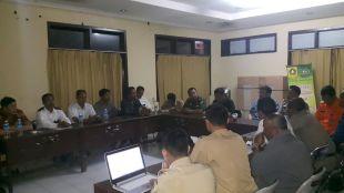 Camat Pamijahan dan Muspika Kecamatan Pamijahan serta pihak perusahaan PT.JDG lakukan audiensi terkait surat penolakan uang kerohiman oleh petani ikan (dok. KM)