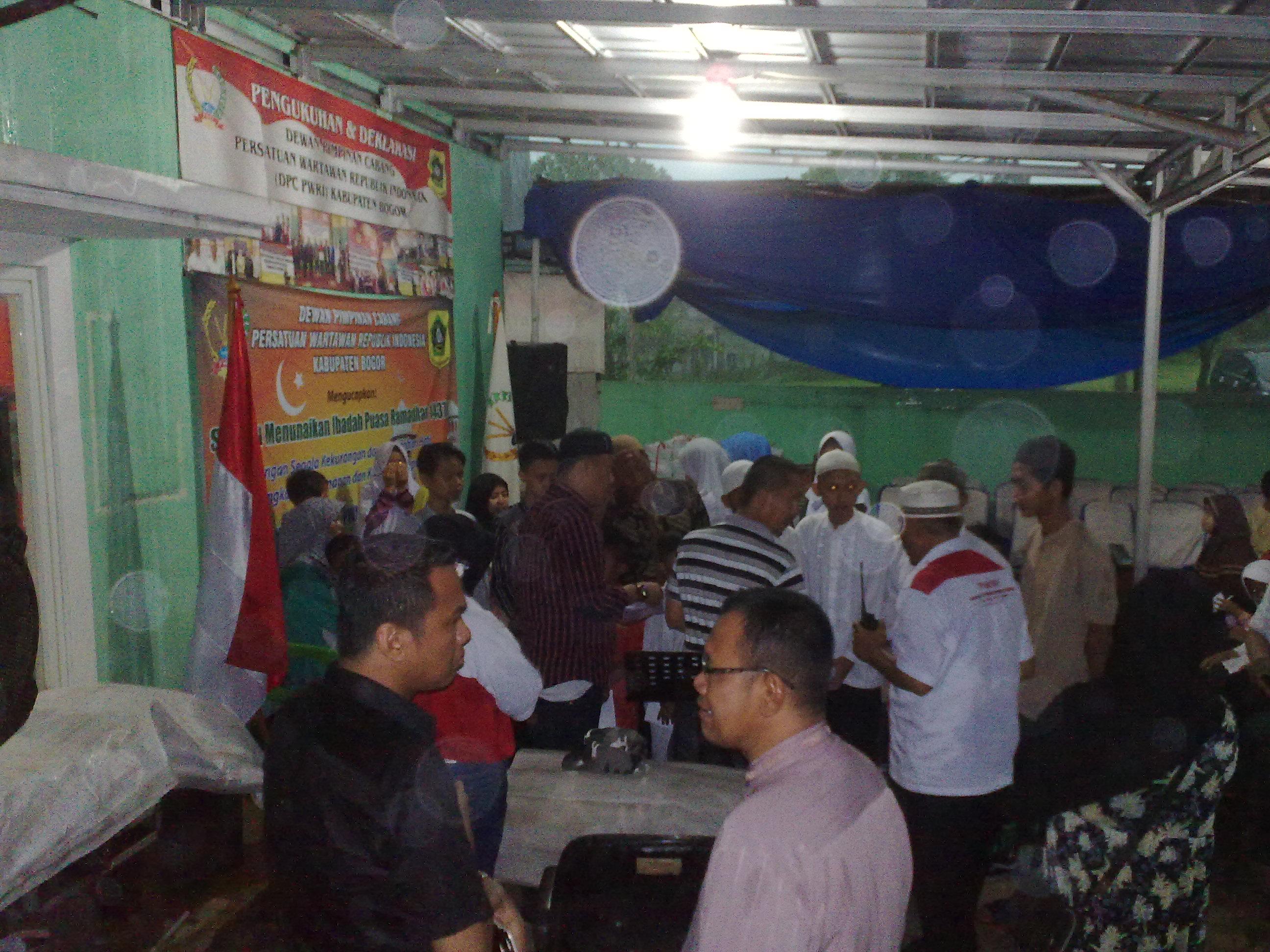 Acara santunan anak yatim DPC PWRI kab Bogor
