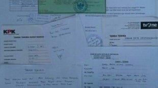 Bukti tanda terima surat yang sudah dilayangkan ke berbagai instansi pemerintah pusat dan daerah. Kamis 16/11 (dok.KM)