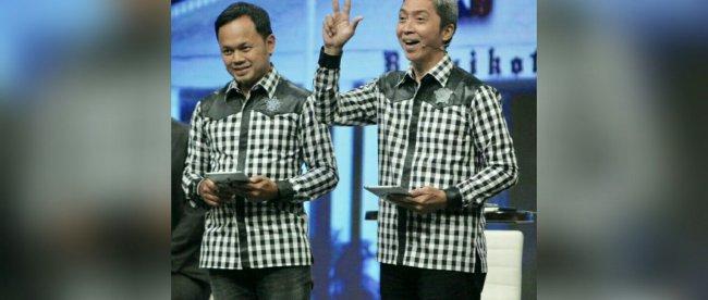 Pasangan calon walikota dan wakil walikota Bogor Bima Arya dan Dedie Rachim di Debat Publik Pilkada Kota Bogor, Sabtu 5/5 (dok.KM)