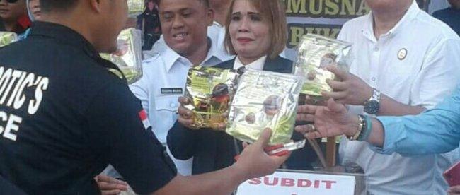 Ketua DPW GIAN Sumatera Utara Ir. Sugeng Wijaya menghadiri kegiatan pemusnahan 130,29 KG Shabu, Pil Ekstasi 159 butir di Kantor Polda Sumut (Dok.KM)