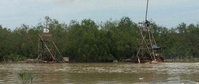 Pertambangan pasir timah ilegal rajuk di Sungai Rangkui, Kota Pangkalpinang, Provinsi Babel (dok. KM)