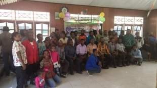 Pengurus dan pembina serta anggota KKPM-WUBWE usai kegiatan Dies Natalis ke-26 di Aula Asrama Paniai, Kalibobo Nabire Papua, Sabtu 28/3/2020 (dok. KM)