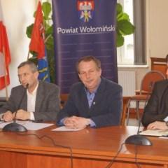 Starosta Kazimierz Rakowski i włodarze gmin z terenu powiatu omówili warunki współpracy inwestycyjnej…