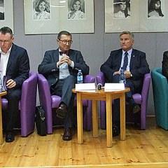 6 kandydatów prezentowało programy i odpowiadało na pytania w wyszkowskiej debacie