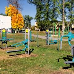 Place zabaw bezpieczne i doposażone oraz nowe siłownie plenerowe