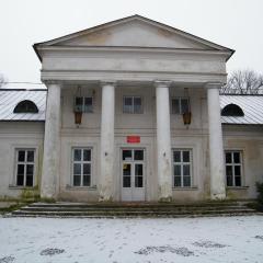 Pałac w Dębinkach w odpowiednich rękach