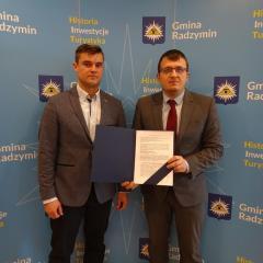 Rozpoczyna się przebudowa ul. Szkolnej w Radzyminie wraz z odwodnieniem i nową nawierzchnią
