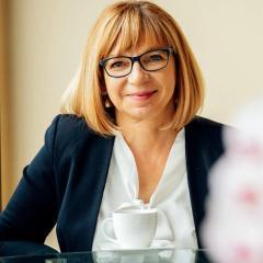 W poniedziałek, 24 czerwca odbyła się dziewiąta sesja Rady Miejskiej w Wołominie, w trakcie której burmistrz Elżbieta Radwan otrzymała pierwsze w historii wotum zaufania, a także pierwsze od lat absolutorium.