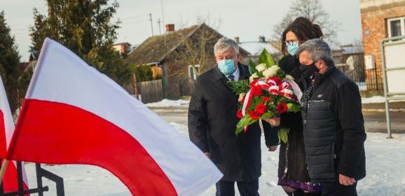 Symboliczne obchody 158. rocznicy wybuchu powstania styczniowego w Kamieńczyku
