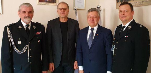 Zarząd Oddziału Powiatowego ZOSP RP w Wołominie podziękował bryg. Andrzejowi Wysockiemu za wieloletnią, wzorową współpracę