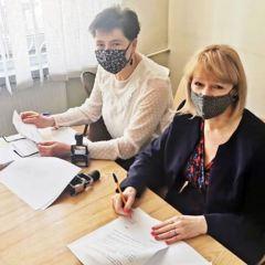 Podpisanie umowy na opiekę wytchnieniową