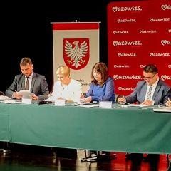 Dziesięć umów z Zarządem Województwa Mazowieckiego