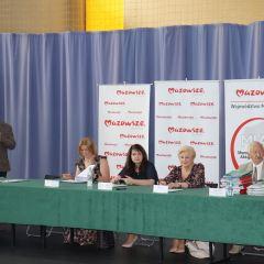 Podpisanie umów dotacyjnych z gmin powiatu ostrowskiego