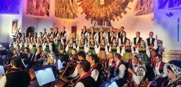 """Wyjątkowy koncert PZLPiT """"Mazowsze"""" w Ząbkach!"""