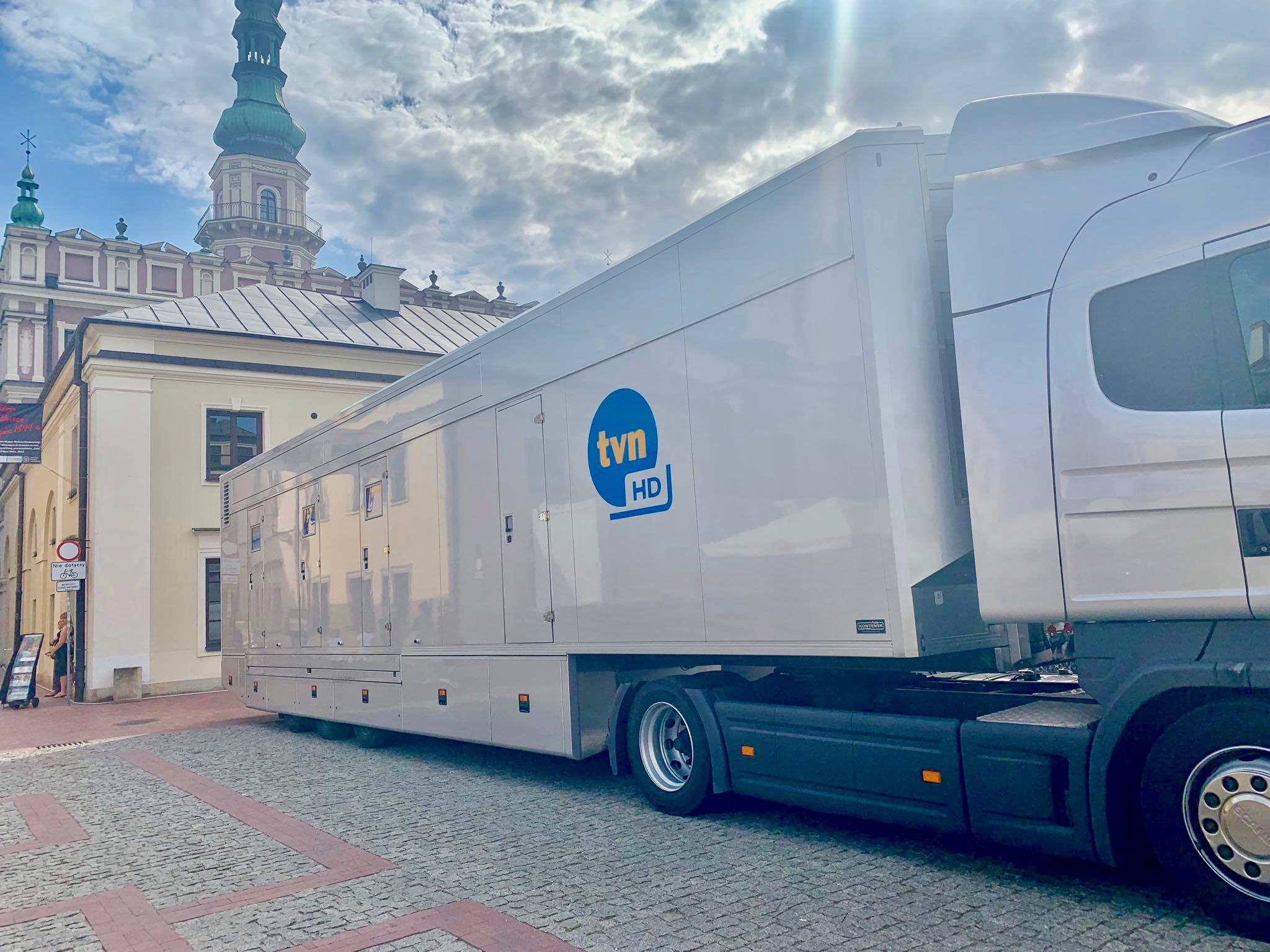 """67639647 1368558336640264 3932069454573207552 n Wozy TVNu będą transmitować koncert """"Dwójki"""" z Zamościa!"""
