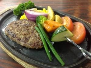 ハンバーグ&旬野菜のグリル