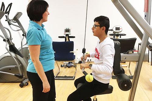 Solgrabenschüler erkunden die Kurpark-Klinik hinter ihren Kulissen