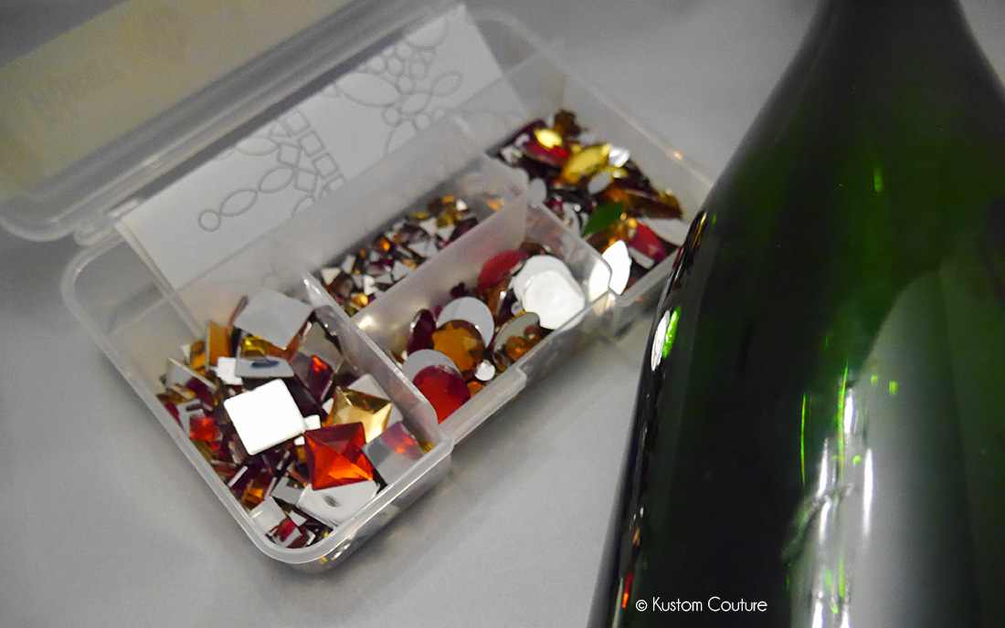Customiser une bouteille en verre avec des strass   Kustom Couture