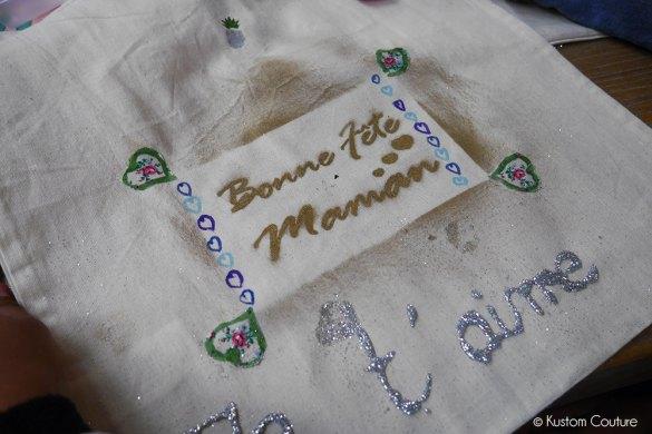 Atelier DIY : customisation de tote-bags pour la fête des mères au centre commercial Les Docks 76 | Kustom Couture