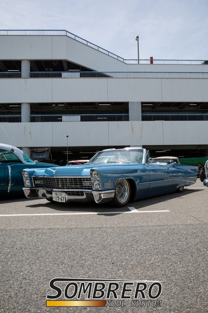 1967 Cadillac Convertible, Wire Wheels, Goldline Tires