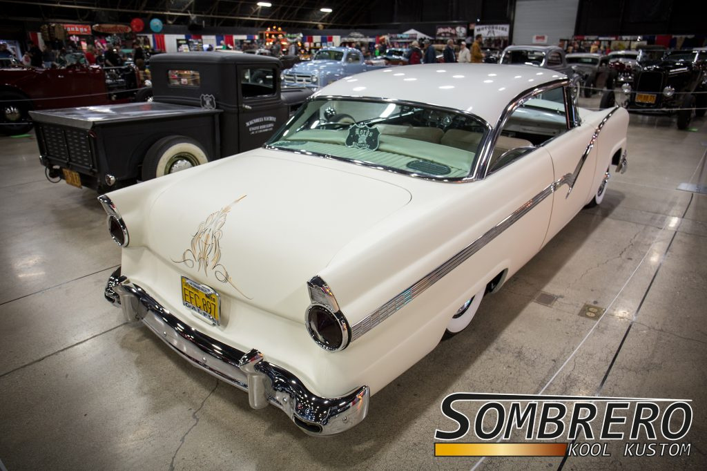 1956 Ford Hardtop Coupé, Kustom Car, Suede Palace, Flat White, Pinstripes