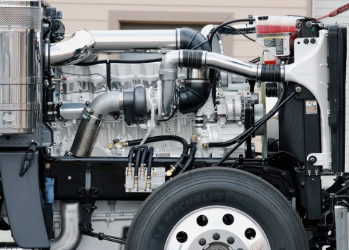 small resolution of cummins ism engine with eaton fuller 8ll transmission flexxair variable pitch fan and full engine andtransmission peripheral upfit kits for a western star