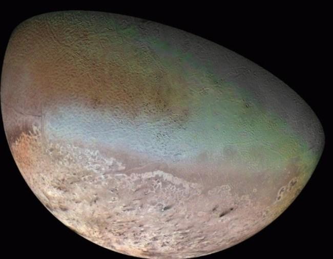 Triton - de grootste maan van Neptunus