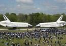 Space Shuttles Discovery en Enterprise