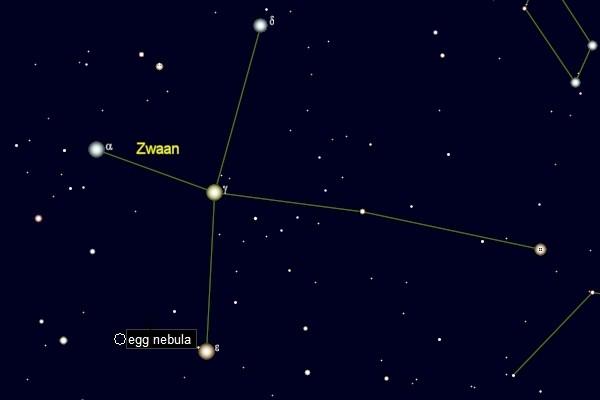 kaartje met de positie van de Ei-nevel in het sterrenbeeld Zwaan