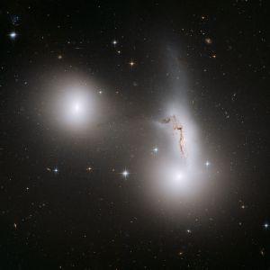 NGC 7173, NGC 7174 en NGC 7176 in Piscis Austrinus