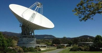 De Canberra radioantenne van het deep space network van de NASA
