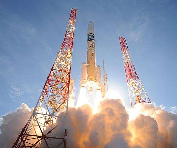 Lancering van de Arabische ruimtesonde Hope naar de planeet Mars.