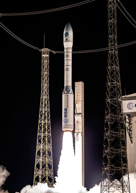 Lancering Vega-raket vanaf de lanceerbasis Kourou