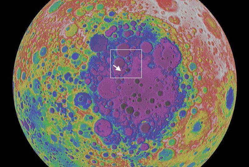 De Von Karmankrater aan de zuidpool van de Maan