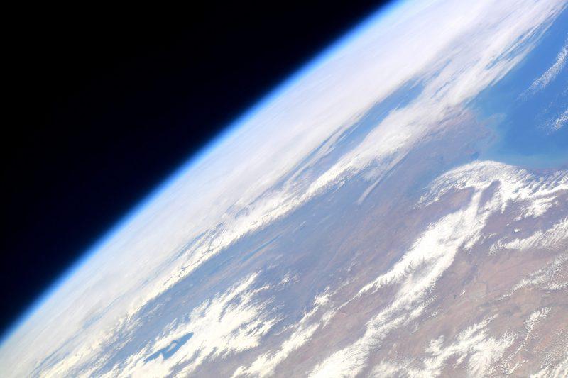 De atmosfeer van de Aarde gefotografeerd vanuit het International Space Station
