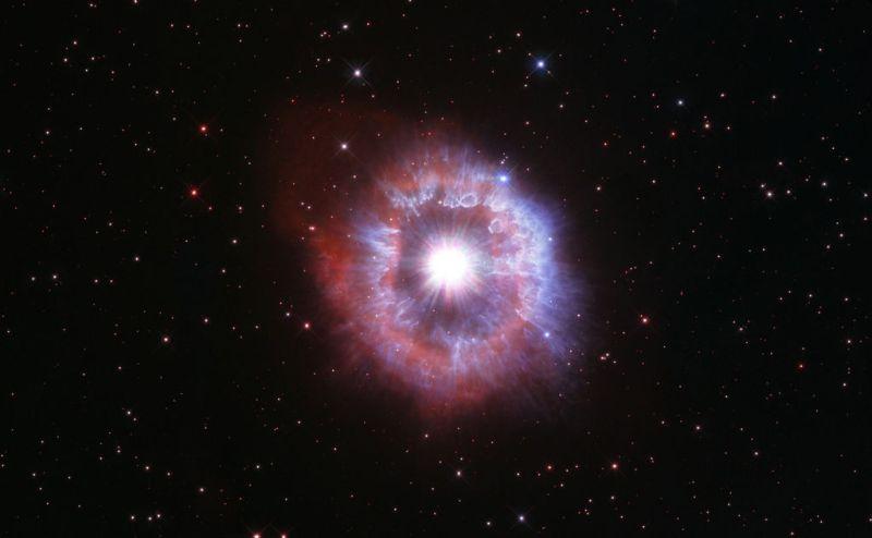 Hubble fotografeert AG Carinae