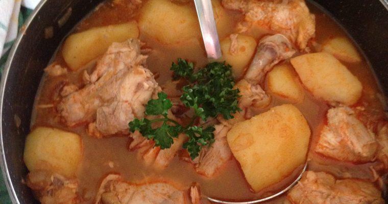 Krompir paprikaš sa piletinom