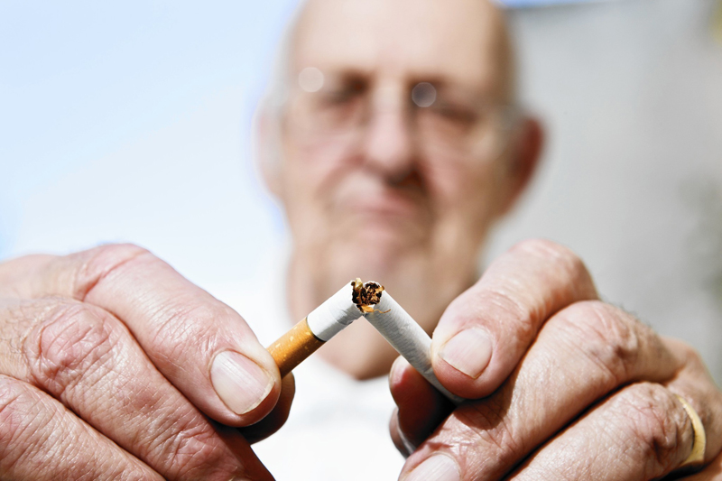 pušenje na mreži izlazi sa ženom škorpionom