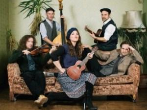 """Sabine Stieger und Band """"Stiegerbalsam"""" bei uns im 15. Bezirk (Foto: Florian Voggeneder)"""