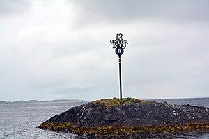 Minnesmärke på Broteskjeret där olyckan skedde