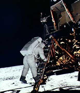 Poleti na Luno