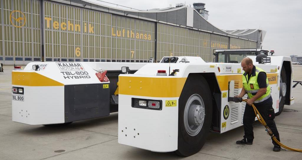 Electric towbarless tractor for maneuvering aircraft uses Kvaser for CAN network monitoring