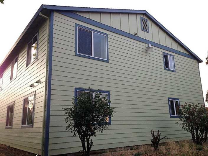 new siding and paint 3
