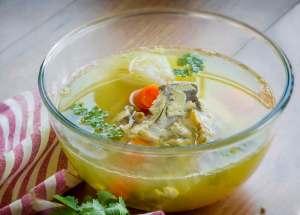 Caldo de pollo, cocina tailandesa