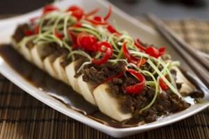 Tofu con salsa de ternera, tofu, cocina asiática